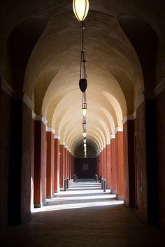 The Getty Villa  /  Tunnel vision