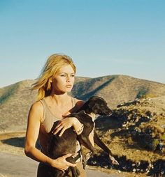 Brigitte Bardot caring for Mexican stray dogs on the set of Viva Maria! (1965). A few years later, she would quit acting and dedicate herself to animal issues completely. She has my utmost respect.
