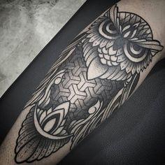 WEBSTA @ mauricio_betancourt - @onelovetattoo #blackworkers_tattoo #blackart #blackwork #blackworktattoo #ornamentaltattoo #owl #owltattoo #darkartists #tattoos @onelovetattoo @raulcruzonelove @estebanbodypiercing @j.amayatattoo @miguel_mlg