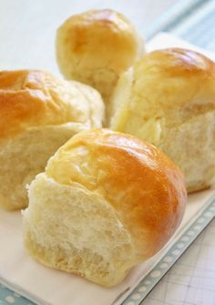buttery, old-fashioned pull-apart buns