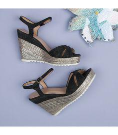 855395cd2673 32 najlepších obrázkov z nástenky Sandále (sandals)