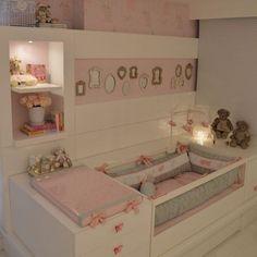 Meigo e inspirador!  #decoracao #decoração #decor #sala #living #quadro #quadros #frases #casamento #casar #casando #bomdia #sol #manha #terça #viver #morar #sonhando #amarelo #parede #cor #chique #chic #cozinha #mesa #noiva #detalhes #amei #amando #lookdodia