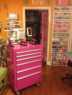 love the pink tool box!