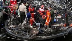 23 mortos em incêndio balsa perto de Jacarta. Um incêndio matou 23 passageiros em uma balsa ao largo da costa da capital da Indonésia, Jacarta