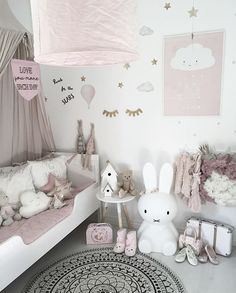 Dusky pink nursery with a minimalist vibe, cloud cushions and scandi decor Credit: ✨ - Diy for Home Decor Baby Bedroom, Baby Room Decor, Nursery Room, Girls Bedroom, Bedroom Decor, Trendy Bedroom, Bedroom Ideas, Pink Bedrooms, Nursery Ideas