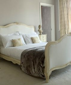 Ruth Burts Interiors: Soothing Paint Colors for the Bedroom  Sherwin Williams Magnetic Grey