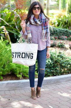 This blogger is partnering with Sea Bags Maine for the second year in a row during Breast Cancer Awareness Month. To support the 'Fight for a Cure', Sea Bags designs a special Cure Collection each year for cancer research and contributes 20% of every Cure Collection purchase to the American Cancer Society. Check these products out!