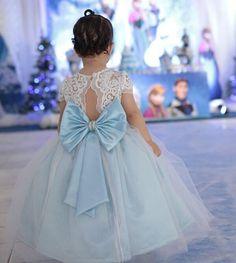 Mais um aninho vestido essa princesa Bela!!! Foto por @estudiodobebe  Vestidos personalizados e sob medida!!! Enviamos para todo Brasil e exterior!!! Contato somente pelo tel ou whatsapp (84)98703-8006