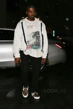 79ae0e8899 Kanye West - Out at Baskins Robbins on