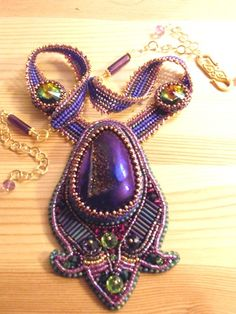 Embroidered necklace – finally done [PHOTO]