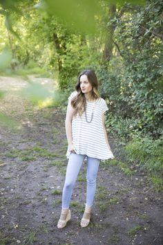 Ebony Tee + Stylish Fabric (The Sara Project) Knitted Fabric, Rib Knit, Ruffle Blouse, Blue And White, Knitting, Sewing, Stylish, Tees, My Style