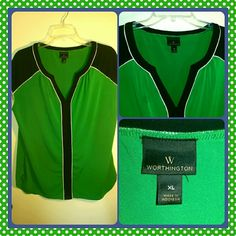 Green Blouse Worthington green blouse. Size XL in perfect condition. Silky and soft, great for work. Worthington Tops Blouses