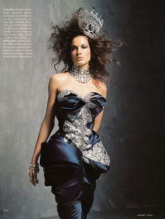 Christian Dior Fall 2004 Haute Couture  Königin der Nacht (Queen of the Night) Magazine: Madame December 2004 Photographer: Lothar Schmidt