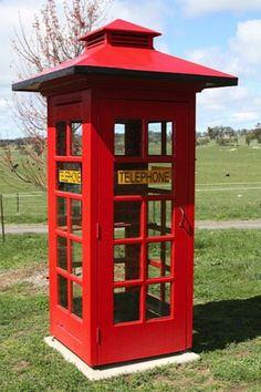 1950s public telephone box