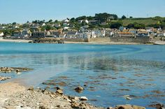 Marazion, Cornwall. Do you spend hours, days, weeks, dreaming of escaping to to the West Country, away from stress and city life? We can find your dream country or seaside retreat for you in peaceful Cornwall or Devon - minervacompany.uk/