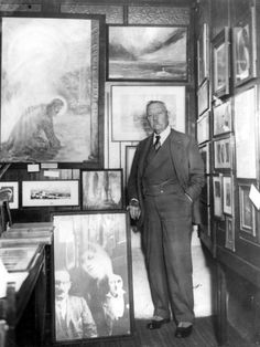 Arthur Conan Doyle - author of Sherlock Holmes and other works and a fascinating man in his own right Sir Arthur, Arthur Conan Doyle, Detective Sherlock Holmes, Konan, Fictional Heroes, Crime Fiction, Book Writer, Lectures, Books