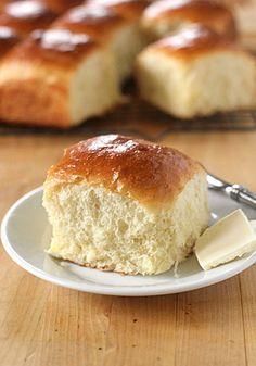 Make-Ahead Fluffy Dinner Rolls