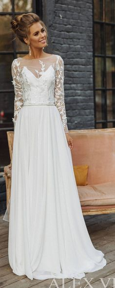 Wedding dress 'CATHERINE' // lace wedding dress, long sleeve wedding dress, convertible wedding dress, transformer, 2-in-1 wedding dress #laceweddingdresses