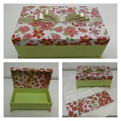 Caixa decorada + toalhinha com detalhe na mesma estampa.