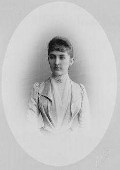 W Jasvoin - Anastasia, Duchess George of Leuchtenberg, c.1889. [Album: Photographs. Royal Portraits, 1883-1891]