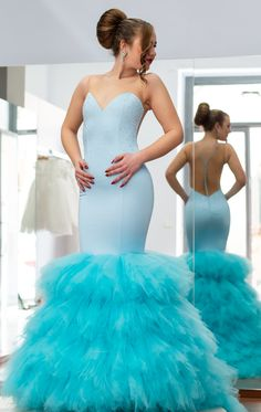 #dress #elegant #fashion #model #sartory #cool #event #photography #mariangelagrilloph Strapless Dress Formal, Formal Dresses, Cool Stuff, Elegant, Model, Photography, Fashion, Fotografia, Dresses For Formal