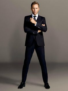 Tom hiddleston sexy new! Hiddleston Daily, Tom Hiddleston Loki, Bucky Barnes, Westminster, Beautiful Men, Beautiful People, Pretty People, Thomas William Hiddleston, Raining Men