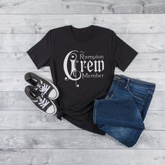 Marissa Meyer Books, Cress, Boyfriend T Shirt, White Shirts, Scarlet, Black And Grey, Black Dark, Colorful Shirts, Cute Outfits