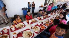 1.1 millones de personas se alimentan en comedores comunitarios