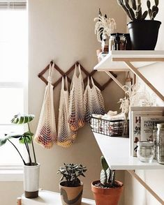 66 cozy small apartment decorating ideas on a budget 24 66 cozy sm. - 66 cozy small apartment decorating ideas on a budget 24 66 cozy small apartment decorat - Small Apartment Living, Small Apartment Storage, Living Rooms, Minimal Apartment Decor, Cozy Apartment Decor, Small Appartment, Bright Apartment, Apartment Furniture, First Apartment Decorating