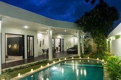Villa Lanai offers travelers luxury villa accommodation located in the TRUE CENTRE OF SEMINYAK.  http://balirealtyhv.com/villa/villa-lanai/