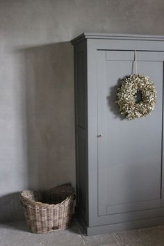 Cupboard, basket, and wreath Vaisseliers Vintage, Vintage Furniture, Painted Furniture, Interior Decorating, Interior Design, Rustic Interiors, Decoration, Home And Living, Interior Inspiration