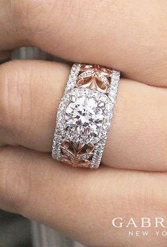 Jewellery Exchange Near Me one Jewellery Online Auctions - Jewellery Box Galway whether Round Halo Engagement Rings On Finger Engagement Rings On Finger, Modern Engagement Rings, Jewelry Rings, Jewellery Box, Jewellery Shops, Jewellery Packaging, Jewellery Designs, Fashion Jewellery, Fashion Accessories