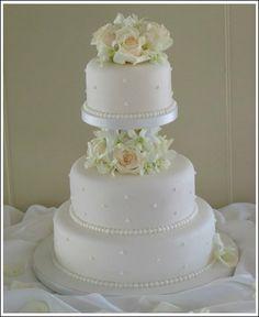 Wedding, Cake, White, Sweet traders - Photo by Sweet Traders - Project Wedding 3 Tier Wedding Cakes, Small Wedding Cakes, Wedding Cake Stands, White Wedding Cakes, Elegant Wedding Cakes, Pretty Cakes, Beautiful Cakes, Amazing Cakes, Cake Pillars