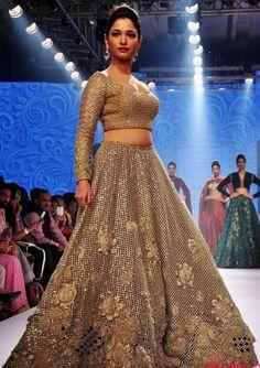 Beautiful Babe Tamannaah Bhatia Looks Irresistibly wow
