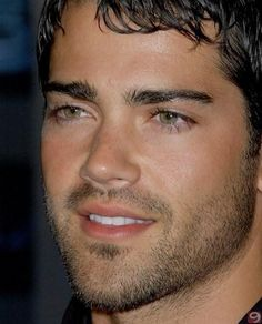 Shut up! His eyes and smile are to die for! He should of been in the line up with Channing Tatum in Magic Mike ~Jesse Metcalfe Jesse Metcalfe, Jesse Mccartney, Just Beautiful Men, Beautiful Men Faces, Mtv, Stevie Nicks Young, Short Beard, Stunning Eyes, Glamour