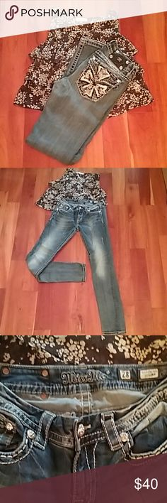 Miss Me  signature rise skinny jeans Medium wash Miss Me skinny jeans.  Original hem. No fraying. Thick white stitching. Really nice condition! Miss Me Jeans Skinny