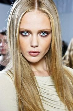 Find images and videos about model, blonde and frida gustavsson on We Heart It - the app to get lost in what you love. Beauty Make-up, Hair Beauty, Bridal Beauty, Beauty Tips, Loreal Preference, Long Hair Cuts, Long Hair Styles, Straight Hair, Beauté Blonde