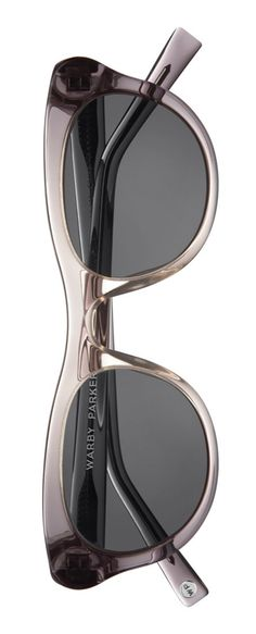 Can never go wrong with a fabulous pair of vintage inspired cat-eye sunglasses.