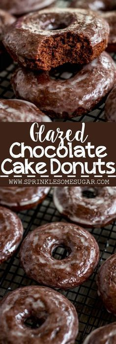 Classic chocolate cake donuts you can make at home! Donuts Glazed Chocolate Cake Donuts - Sprinkle Some Sugar Delicious Donuts, Delicious Desserts, Yummy Food, Healthy Donuts, Yummy Yummy, Just Desserts, Dessert Recipes, Cake Donut Recipes, Desert Recipes