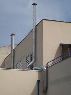Conductos de ventilación en acero inoxidable.