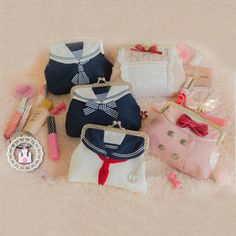 Students backpack from Asian Cute {Kawaii Clothing} Kawaii Fashion, Lolita Fashion, Cute Fashion, Japanese Bag, Japanese Fashion, Kawaii Bags, Fringe Handbags, Asian Cute, Cute Backpacks