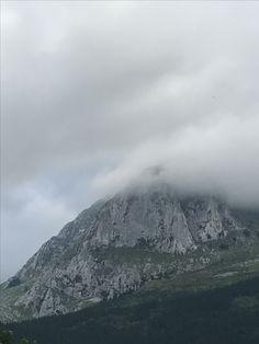 Urkiola Mount Rainier, Mountains, Nature, Travel, Viajes, Traveling, Nature Illustration, Off Grid, Trips