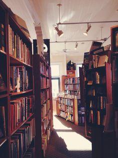 books tumblr ile ilgili görsel sonucu