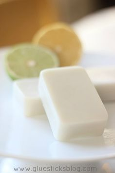 Homemade Citrus Lotion Bars. Good-bye dry winter hands!