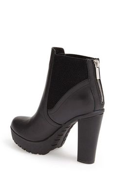 Free shipping and returns on Steve Madden 'Amandaa' Platform Bootie (Women) at Nordstrom.com. A lugged platform sole and high heel give the Amandaa bootie an aggressive silhouette that's tempered with a round-toe design and shorter shaft. Generous stretch gores give you a perfect fit.