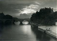 Crépuscule, Paris, 1920s-1930s.by Yvon