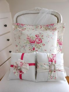 Shabby pillows, can NEVER have too many pillows!
