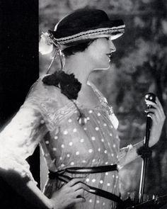 10-12-11  Dorothy Smoller US Vogue 1919