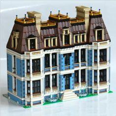 Lego MOC: Fountain Castle   ReBrick   From LEGO Fan To LEGO Fan