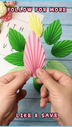 Fun Arts And Crafts, Fun Diy Crafts, Diy Craft Projects, Holiday Crafts, Diy Flowers, Paper Flowers, Flower Diy, Origami Flowers, Diy For Kids